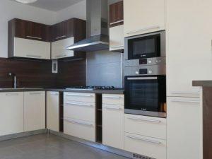 Kuchynské linky reconstructa